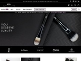 Elaina Badro | Buy Professional Makeup Brushes, Lashes & Kits