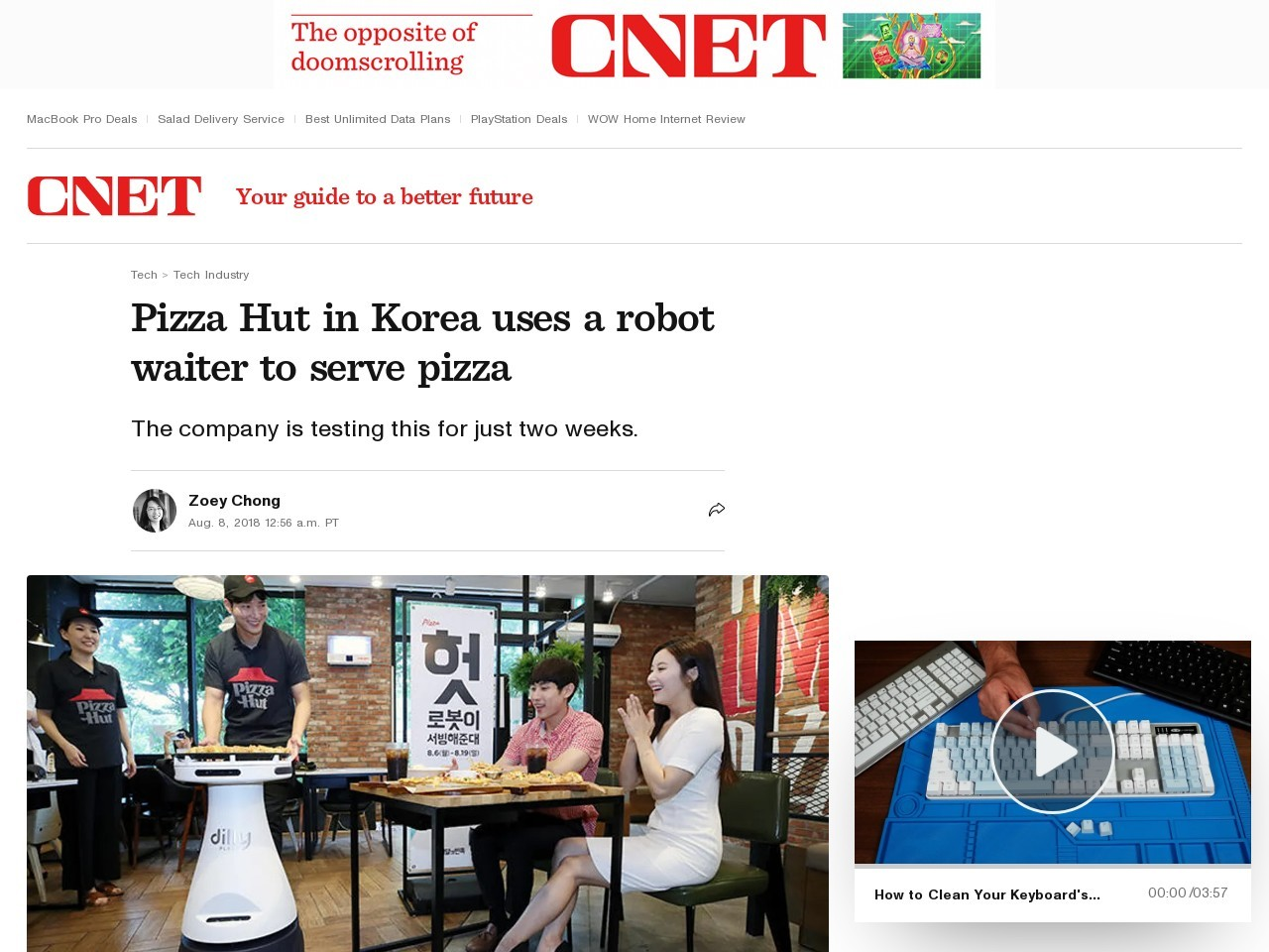 Pizza Hut in Korea uses a robot waiter to serve pizza     – CNET