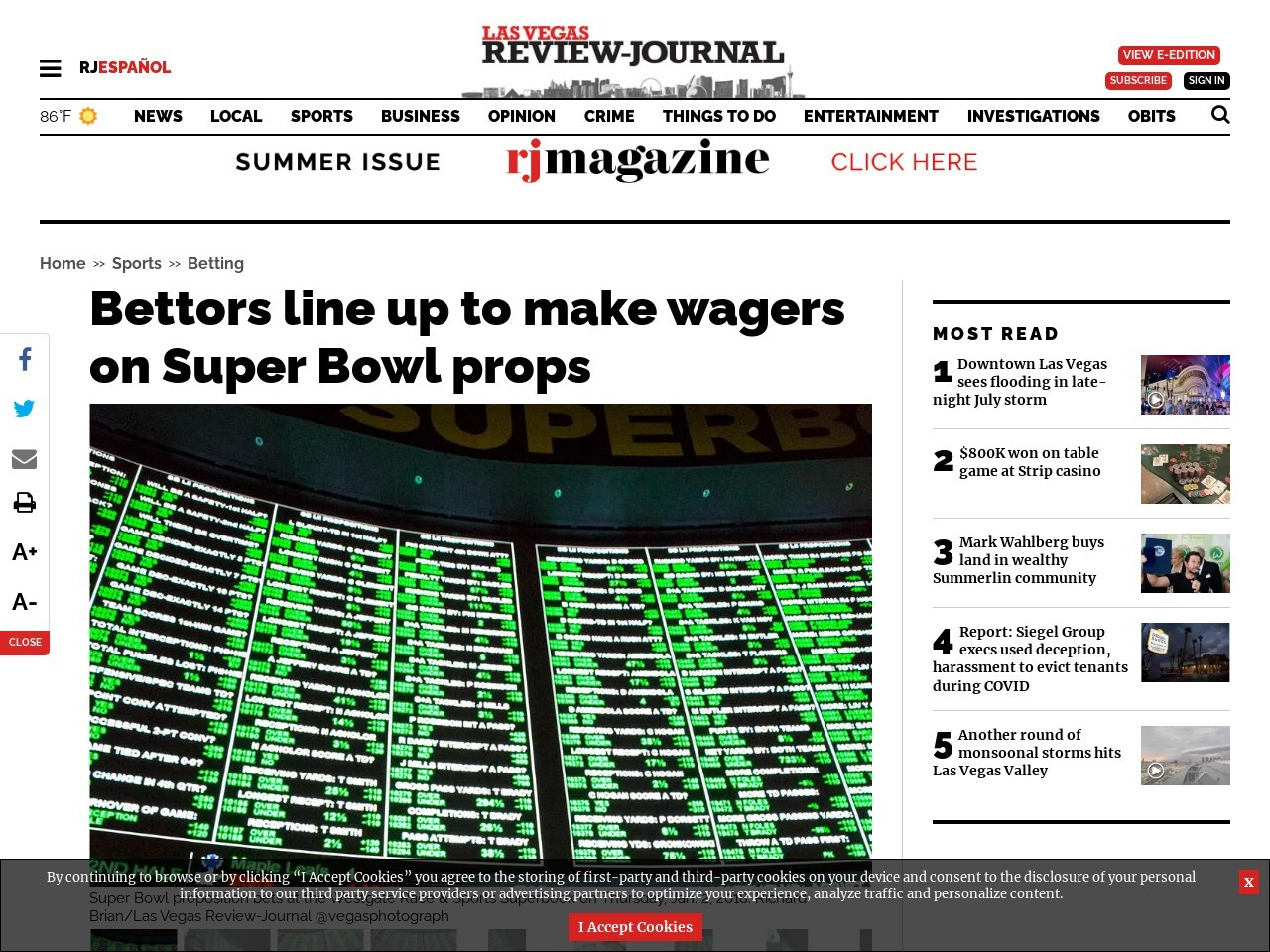 Bettors line up to make wagers on Super Bowl props