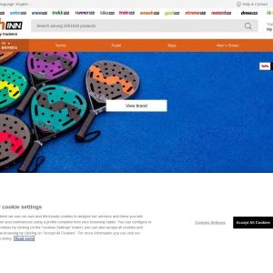 オンラインのテニス&ラケット競技専門店です